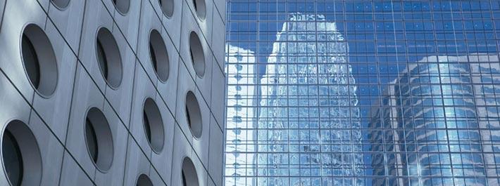 Edelstahl-Fassade