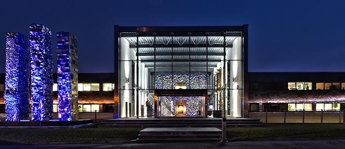 Edelstahl-Glass-Fassade