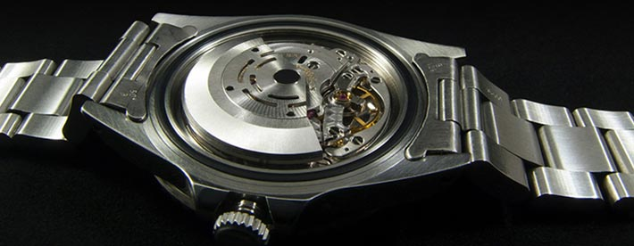 usage of stainless steel in the watch industry