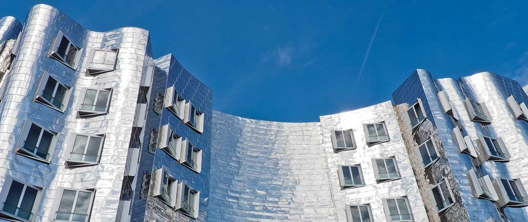 Gehry-Stainless-steel-cladding-Zollhof