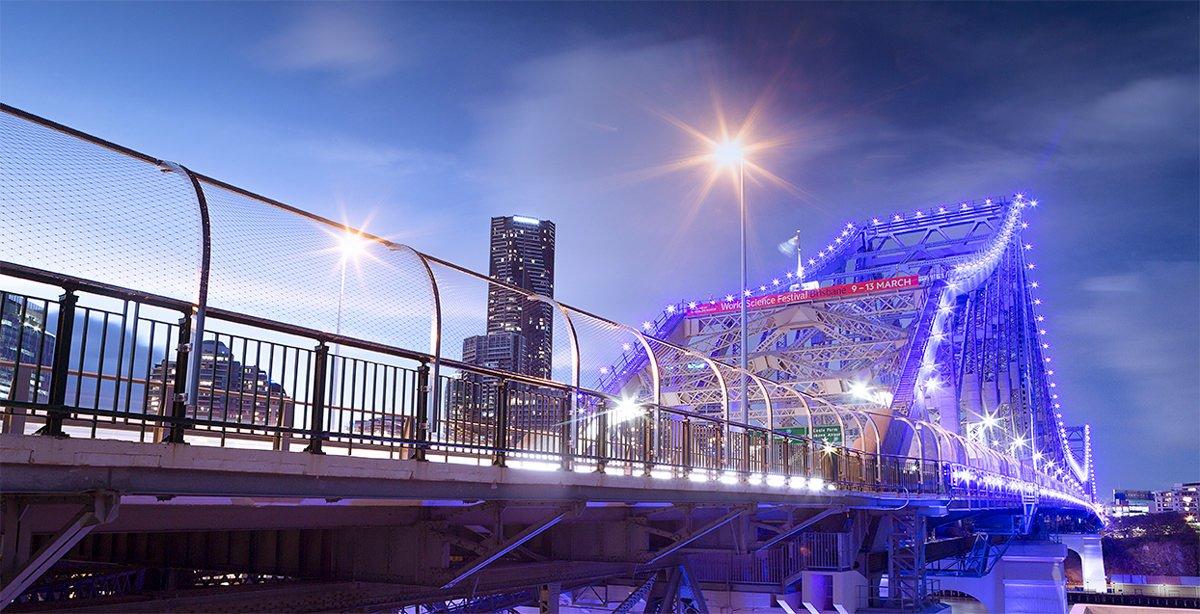 Story-Bridge-Brisbane-night-view